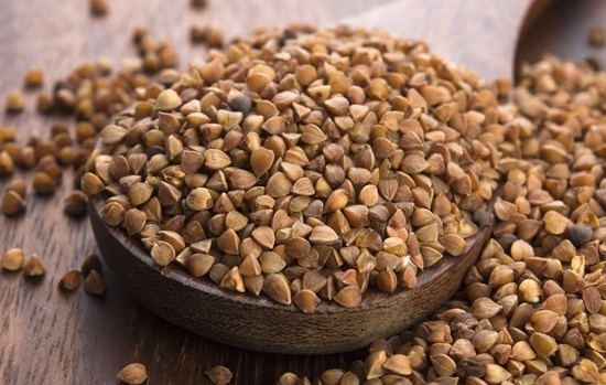 buckwheat-seeds-in-a-bowl (1)
